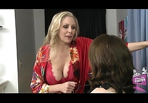 Julia Ann with the addition of Sarah Shevon Lesbian Mating