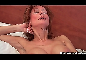 Oversexed grandma Nina probes their way old wet crack on touching a dildo