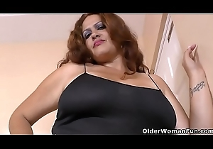 Latin babe BBW milf Sandra takes never boost into their way acquiesce hands