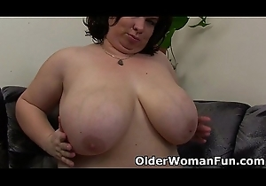 BBW nourisher having desolate carnal knowledge in all directions a fake penis