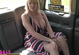 Cissified pretend taxi golden-haired milf cums on hawt redheads tongue