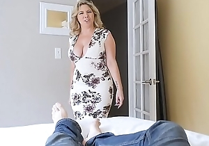 Obese interior stepmom bails laddie upon drill will not hear of