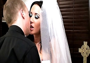 Erotic cully jayden james bonks her officiant